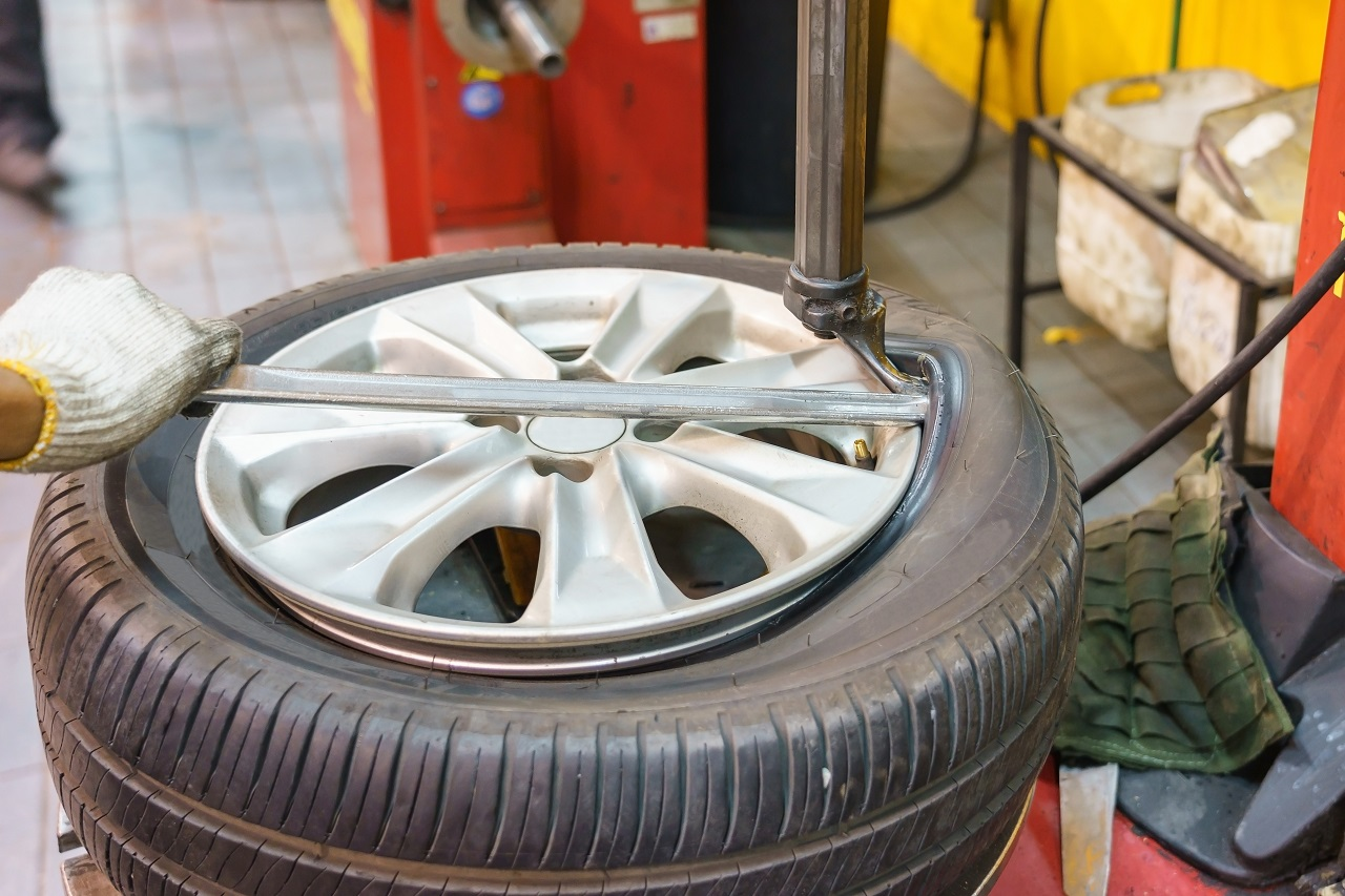 Top Tips To Repair A Flat Tire