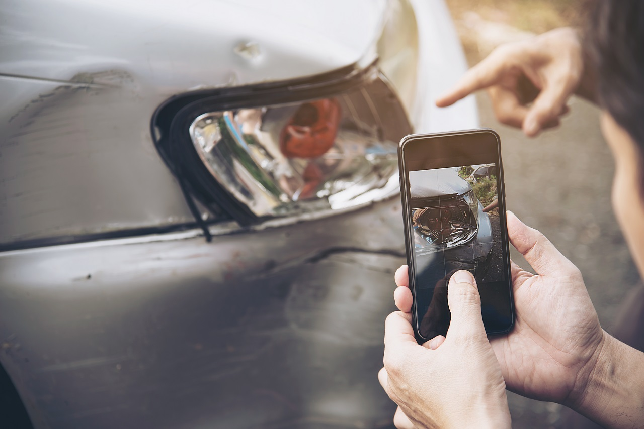 Read more about the article Steps To Take After A Car Accident