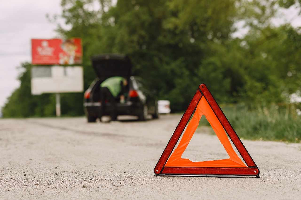 Read more about the article Places You Should And Should Not Stay While Waiting For Roadside Assistance